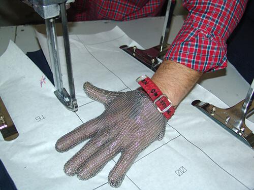 corte-patronaje-uniformes-escolares