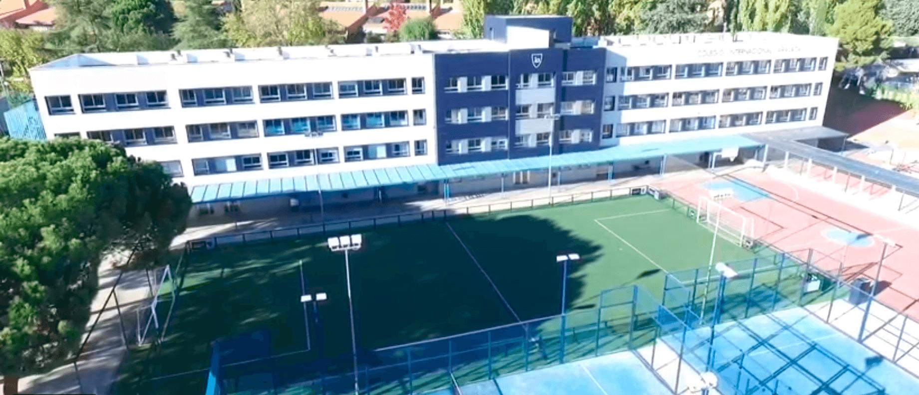 colegio-Internacional-Aravaca-uniformes-escolares