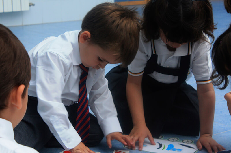 trucos-lavar-uniforme-escolar-ropa-infantil